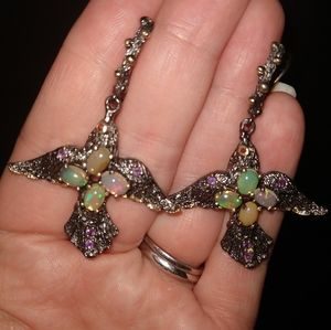 Jewelry - Artistic earrings birds genuine Opals